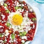 chilaquiles con salsa de guajillo