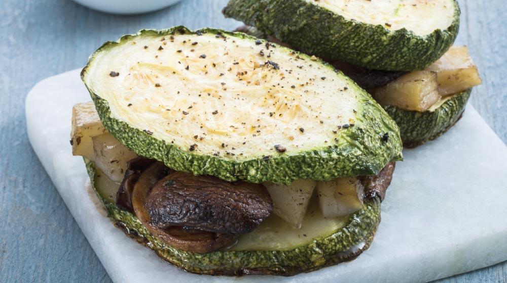 Sándwich de calabacita y champiñones al balsámico