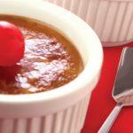 creme brulee con cerezas