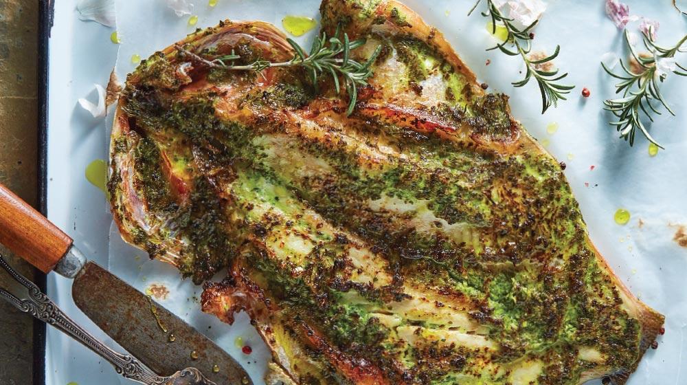 huachinango al mojo de ajo y salsa verde