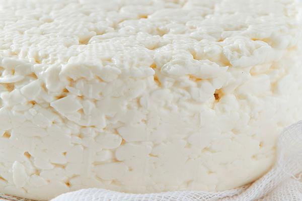 Refrigera el queso ricotta