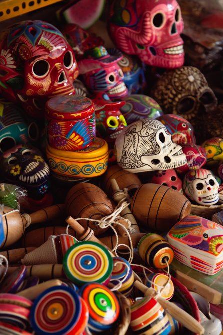 adornos tradicionales para la noche mexicana