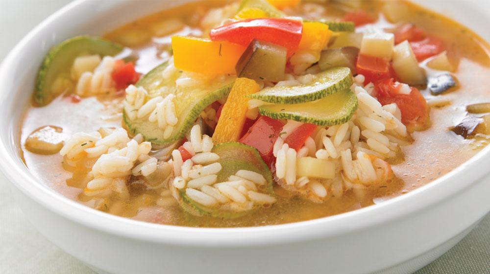 sopa de verduras con arroz