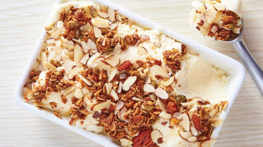 Helado de yogur con granola: recetas con yogur natural
