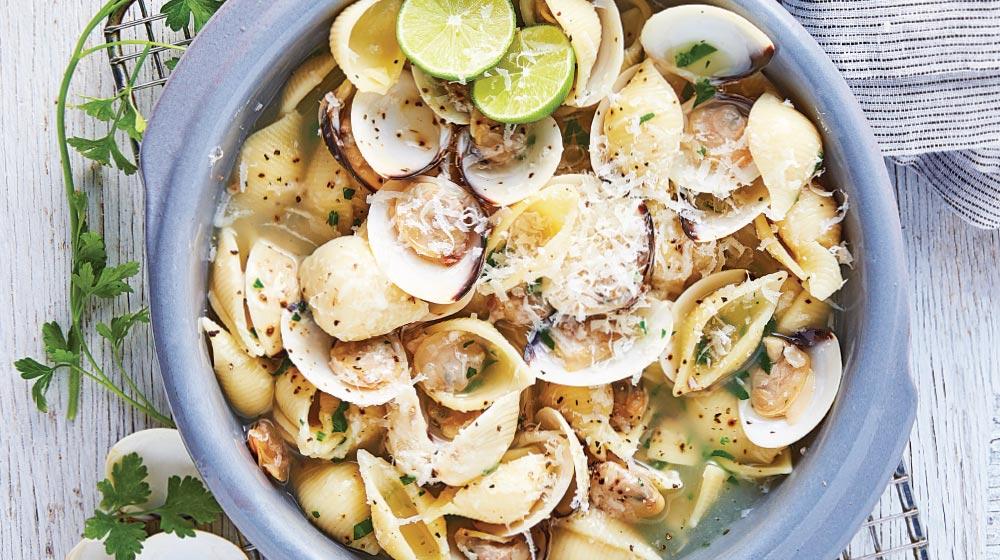 pasta de concha con almejas