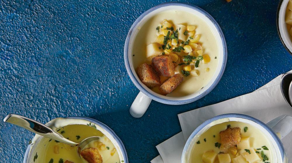 Crema de elote: receta deliciosa con queso y crutones de ajo