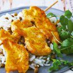 Como hacer brochetas de pollo en sarten