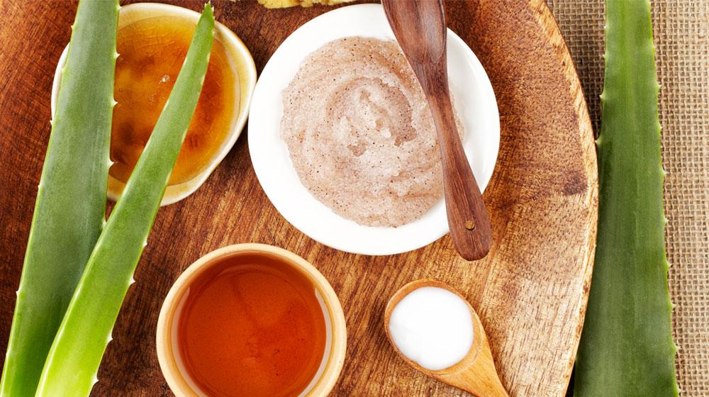 exfoliante, miel y azúcar