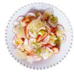 Ensalada de rábano con fresa