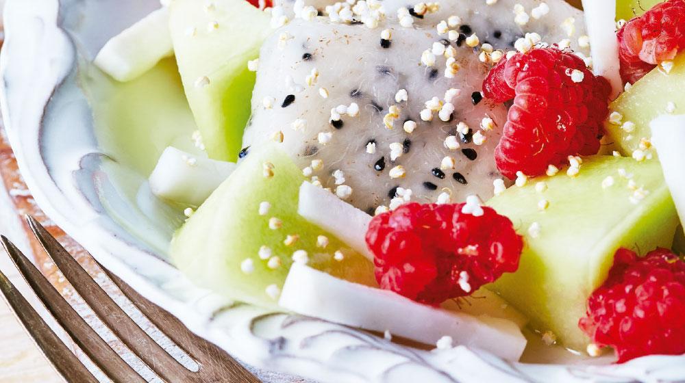 Ensalada tropical de pitahaya y melón