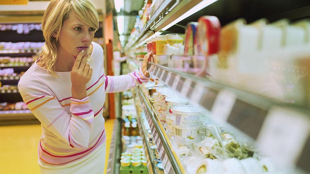 Marcas que tienen prohibido vender queso en México por incumplimiento de normas