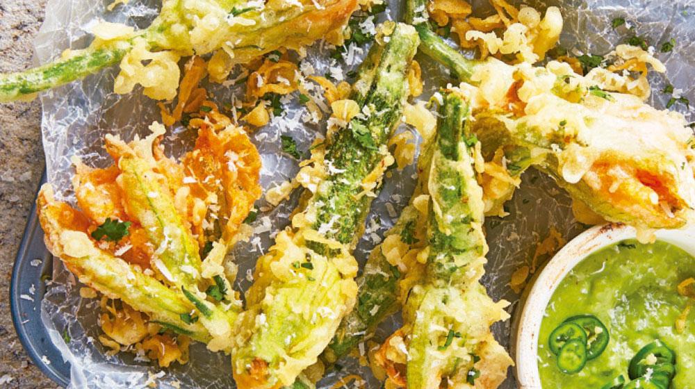 Receta de tempura de flor de calabaza y parmesano