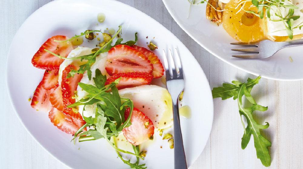 Queso mozzarella: ensalada con frutas