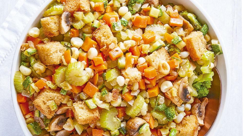 Relleno de pan y verduras