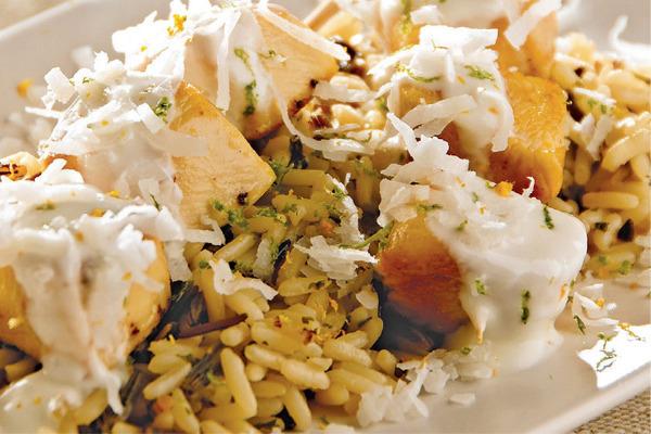 Recetas con pollo, recetas de pollo: Brochetas de pollo al coco