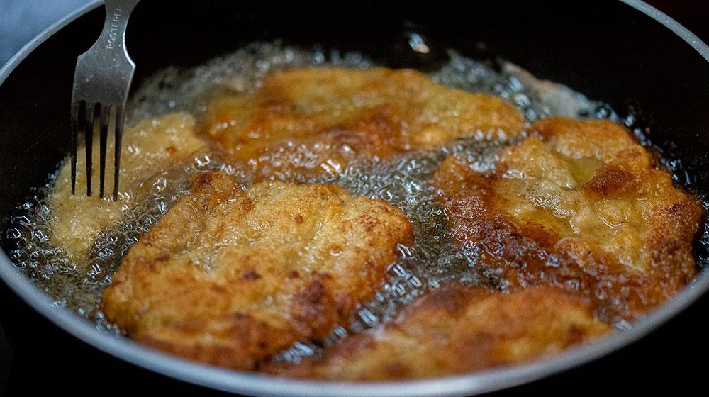 Cómo freír milanesa de pollo