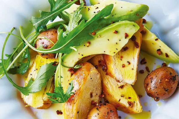 Recetas con pollo, recetas de pollo: Ensaladas de pollo rostizado con papas y aguacate