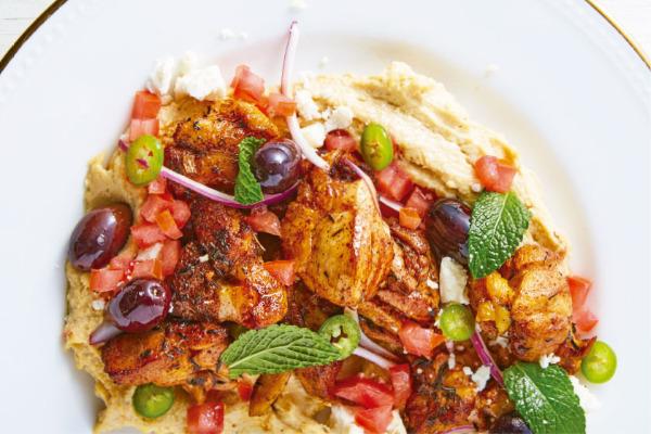 Recetas con pollo, recetas de pollo: Pechuga de pollo asada sobre hummus