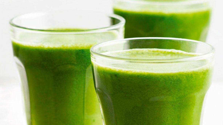 Jugo verde detox para bajar de peso