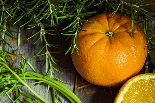 Spray de naranja y romero