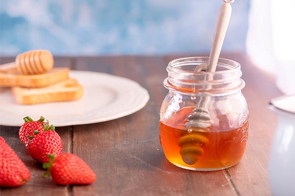 mascarillas naturales de fresa con miel