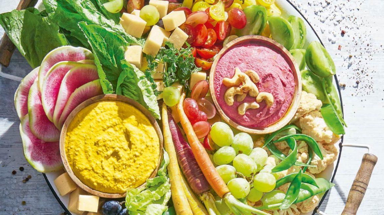 humus con mezcla de verduras