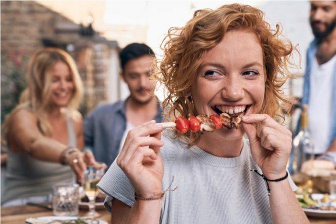 ¿Es bueno dejar de comer carne?