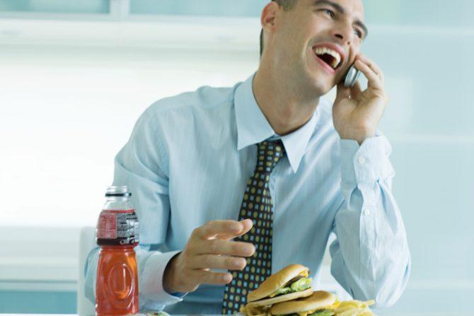 comida ultraprocesada por que genera adiccion en el cerebro