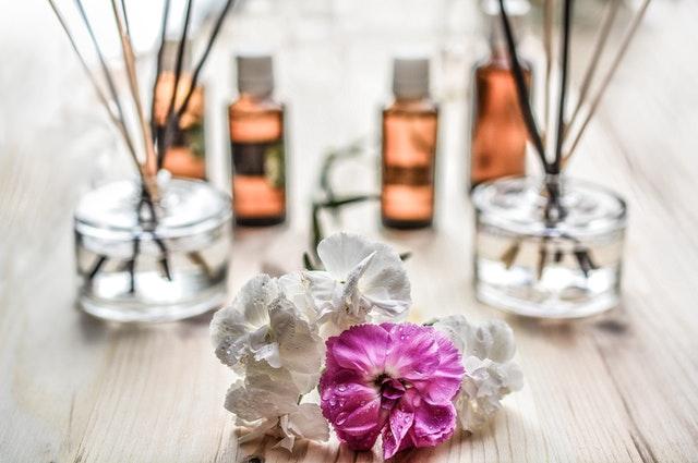 que hacer con los frascos de perfume vacíos