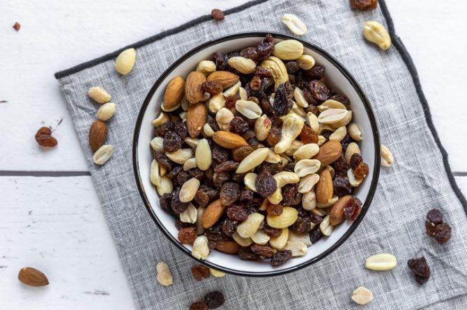 alimentos con colágeno frutos secos