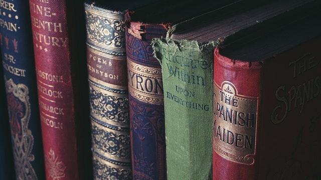 como quitar el moho de los libros con remedios caseros