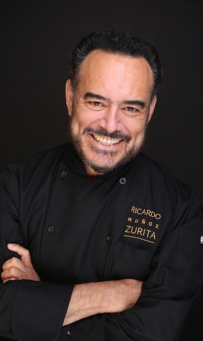 El chef Ricardo Muñoz Zurita