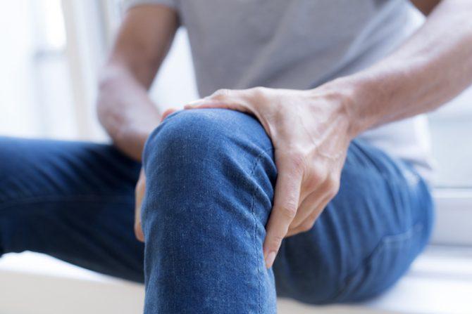 bebidas para aliviar el dolor de rodillas articulaciones
